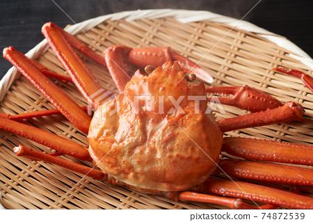 剛煮好的雪蟹 74872539