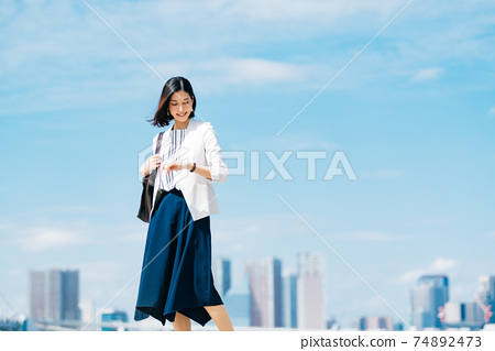 商業女性休閒 74892473