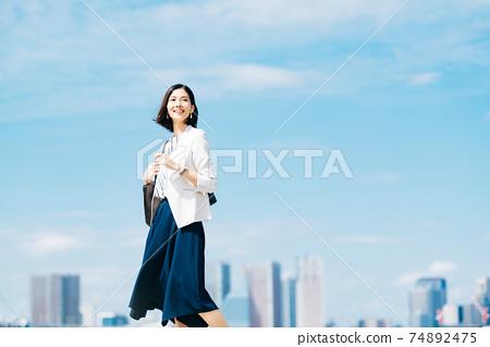 商業女性休閒 74892475