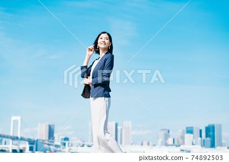 商業女性休閒 74892503