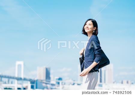 商業女性休閒 74892506