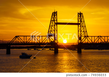 松海大橋1日落 74936033
