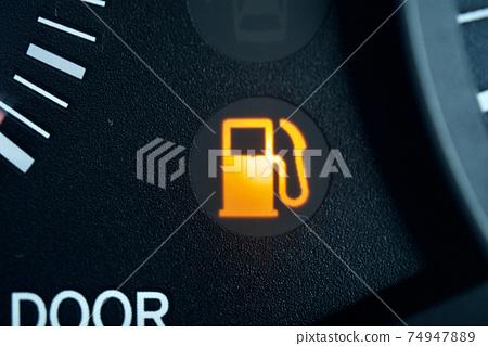 Fuel level warning light Gasoline lamp Gasoline mark 74947889