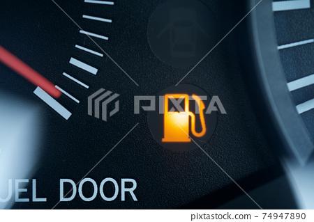 Fuel level warning light Gasoline lamp Gasoline mark 74947890