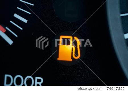 Fuel level warning light Gasoline lamp Gasoline mark 74947892