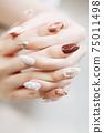 棕色大理石法式,珍珠寶石指甲油 75011498