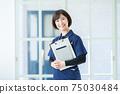 長期護理圖片護理人員長期護理人員女性長期護理人員 75030484