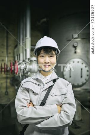 女業務工程師 75186937