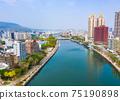 高雄港城市景觀Kaohsiung, Taiwan, Kaohsiung Port, Cityscap 75190898