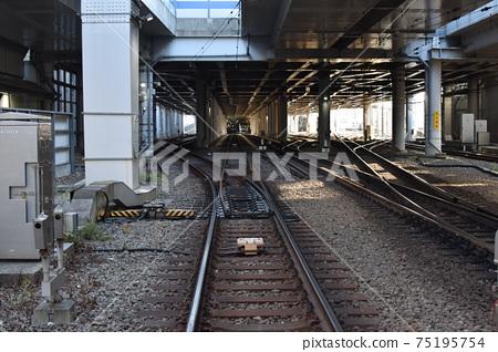 토큐 도요 코센 원래 스 미요시 역 아래의 선로 75195754