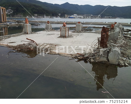 Great East Japan Earthquake Onagawa Town Damage situation Steel-framed building destroyed from pillar base 75255214