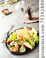 caesar salad 75342889