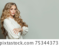 Attractive woman fashion model with long healthy hairstyle 75344373
