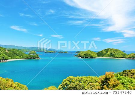 三重縣藍天與藍天的海風景 75347246