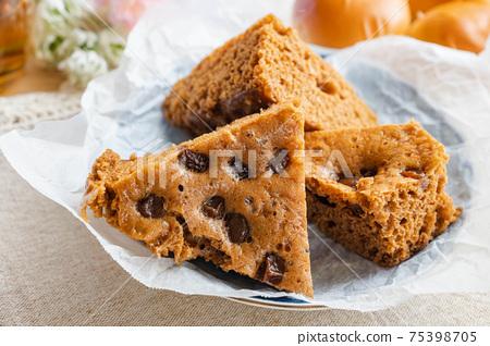 葡萄乾蒸紅糖麵包 75398705