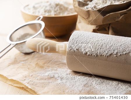 小麥粉 75401430