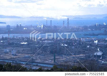 슈잔 스카이 라인에서 본 미즈시마 임해 공업 지대의 풍경 오카야마 현 쿠라 시키시 75522585