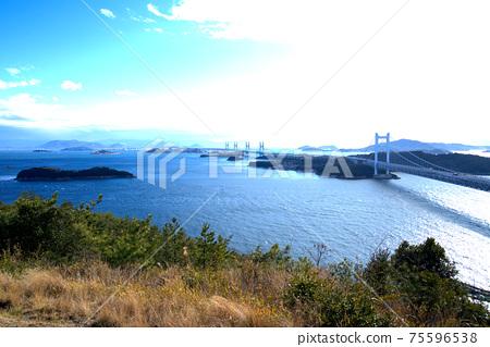 슈잔에서 세토 대교와 세토 나이 카이의 풍경 오카야마 현 쿠라 시키시 75596538