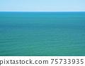 니가타 초여름의 동해 에메랄드 그린 그라데이션 75733935