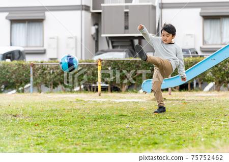 足球公園男孩 75752462
