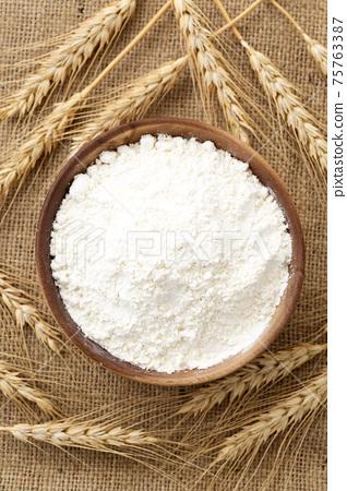 小麥粉 75763387