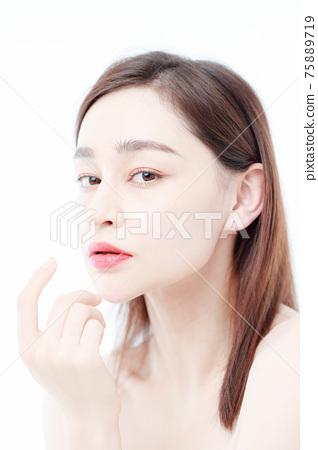 Portrait Of Beautiful Woman in Studio 75889719