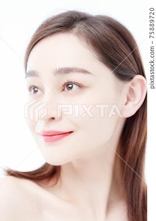 Portrait Of Beautiful Woman in Studio 75889720