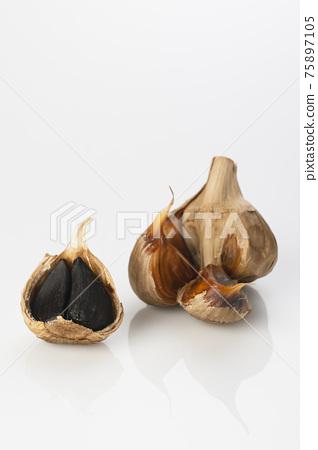 garlic, spice, spices 75897105