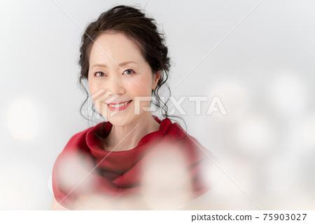 高級女性的肖像 75903027