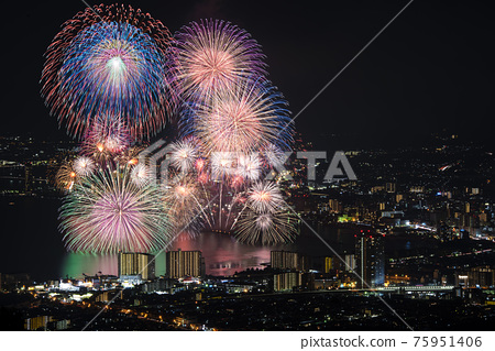 [Otsu City, Shiga Prefecture] Lake Biwa Fireworks Festival 75951406