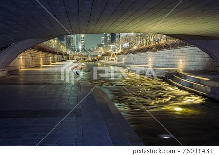 夜景 江 河 76018431
