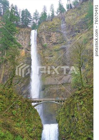 Martonoma Falls 76070491