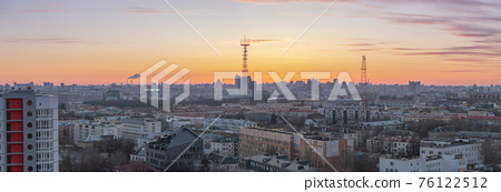 Minsk roofs of houses at sunset 76122512
