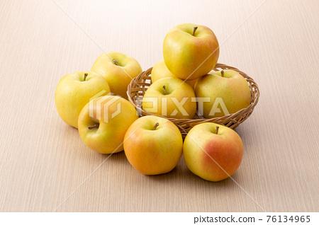 蘋果 水果 捲尺 76134965