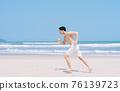 Man, sea, summer 76139723