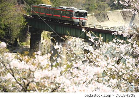 Spring Takayama Main Line 76194508