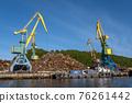 Cranes In port 76261442