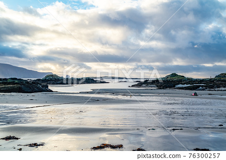 The coastline at Rossbeg in County Donegal during winter - Ireland 76300257