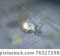 柔焦拍攝的懷錶靜物 76327298