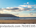 Kiltoorish bay beach between Ardara and Portnoo in Donegal - Ireland. 76365395