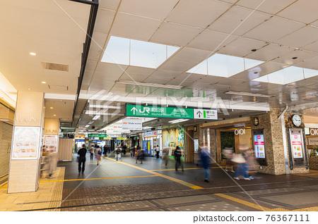 도쿄 JR 마치다 역 북쪽 출구 통로 76367111