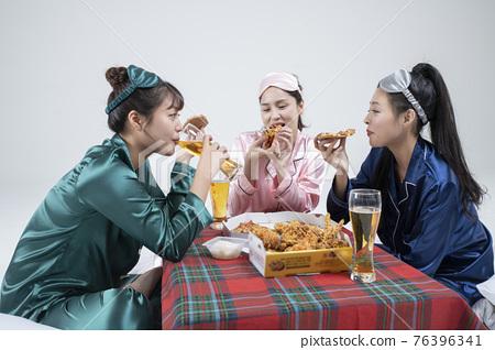 girls, ladies pajama sleepoverparty concept 76396341