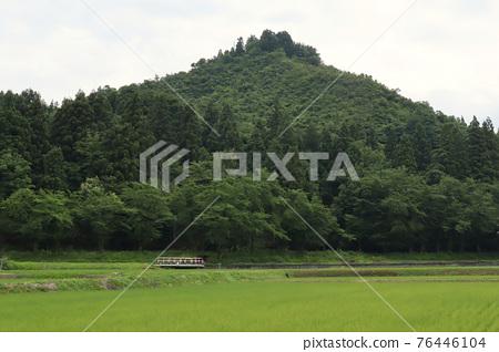 mountain, pyramid, pyramids 76446104