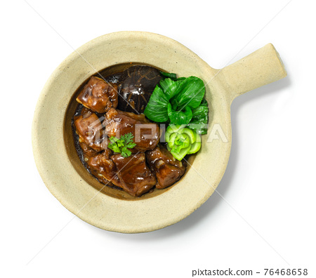 Clay Pot Braised Pork Ribs Chinese Food Hongkong Style 76468658