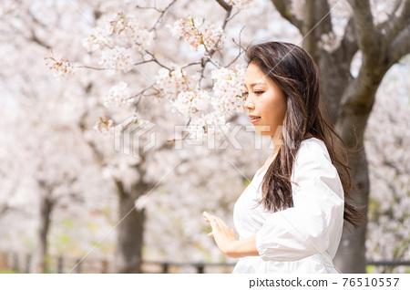 櫻桃女人肖像 76510557