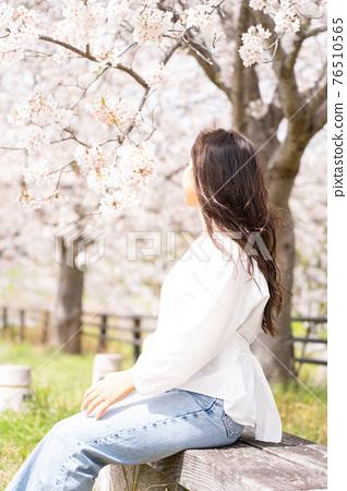 櫻桃女人肖像 76510565
