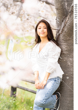 櫻桃女人肖像 76510566