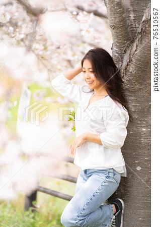 櫻桃女人肖像 76510567
