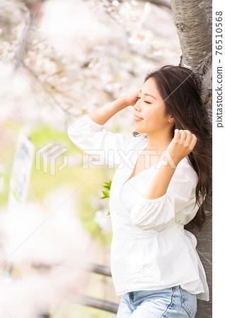櫻桃女人肖像 76510568