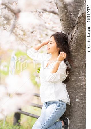 櫻桃女人肖像 76510570